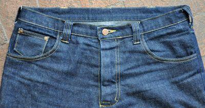 Dan_Barney_Custom_Jeans_Detail_Front